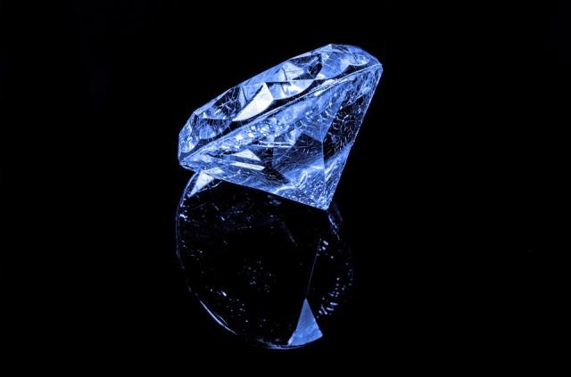 diamond-316611_960_720.jpg